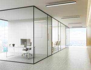 Shutterstock 446972191 - Üvegfal gyártó/összeszerelőket